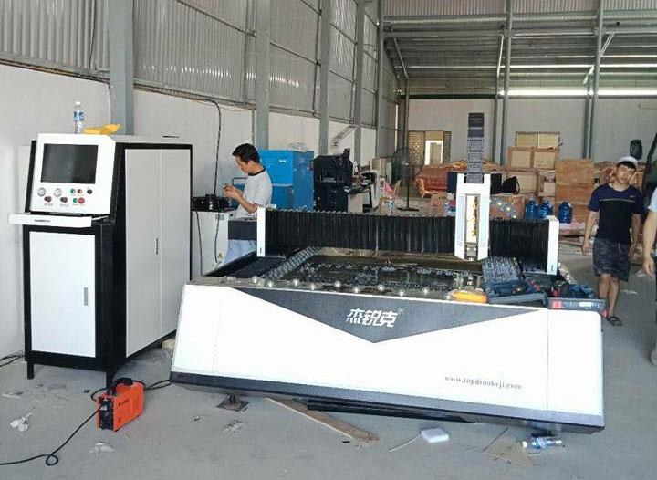 Bộ 3 Máy Fiber, Máy uốn, Máy hàn được lắp đặt tại Công ty xây dựng Nghệ An